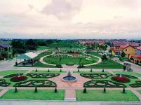 valenza-luxury-homes-for-sale-in-santa-rosa-laguna-park